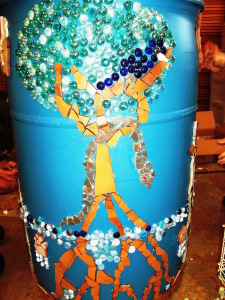 "IHM 4-H Club Participates in ""Art on a Rain Barrel Contest"""