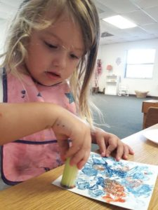 Toddlers shape painting and cutting work!?