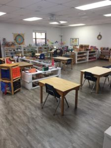 Rooms 2,3 & 4 – Teachers and students are enjoying their new Led Lighting and Floors in the classrooms.😊