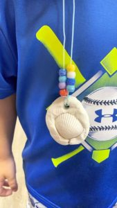 Toddlers Seashell Necklaces!?